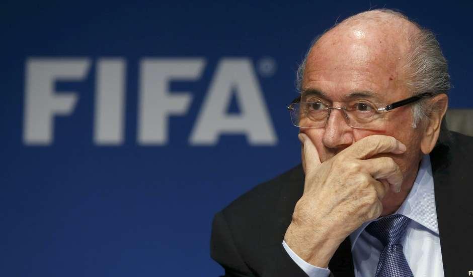 Fifa vai fazer Copa de 2022 em dezembro e pagar mais aos clubes que cederem jogadores Foto: Arnd Wiegmann / Reuters