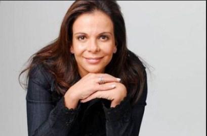 Sula Miranda Manda alô para a galera da ALFA HITS